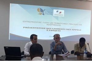 présentation des lauréats par le président du conseil exécutif de Martinique Développement et le directeur de l'agence France entrepreneur